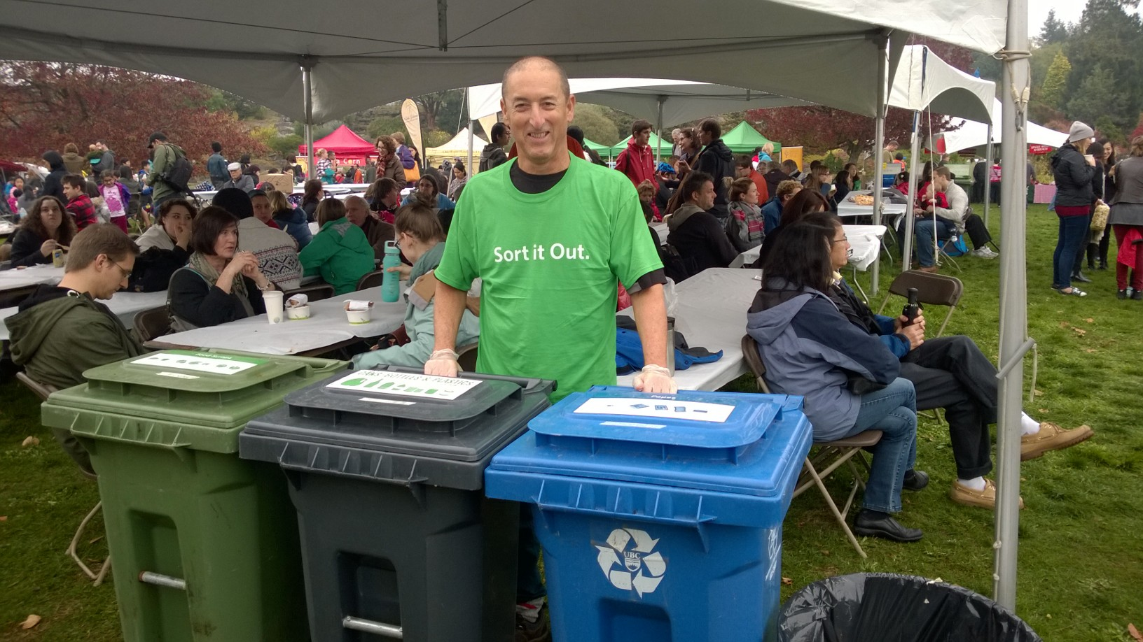 Zero Waste volunteer Eyal at the waste sorting station