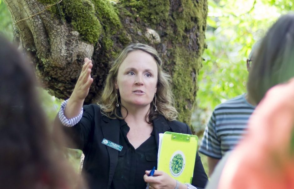 Dr. Tara Moreau leading a tour in UBC Botanical Garden.